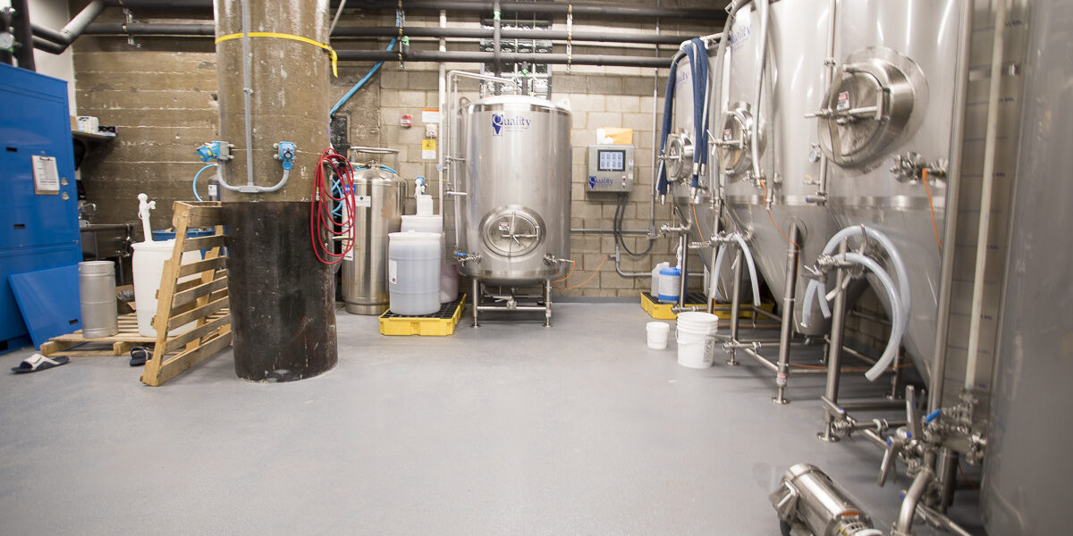 DancerConcreteDesign_Commercial_Concrete_Sealing_Polished_Concrete_Landing_Beer_Company_FWIN_94